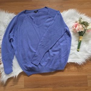 Apt. 9 🆕 V-neck Sweater - M